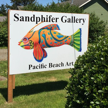 Pacific Beach, WA: Stop at the sign of the fish