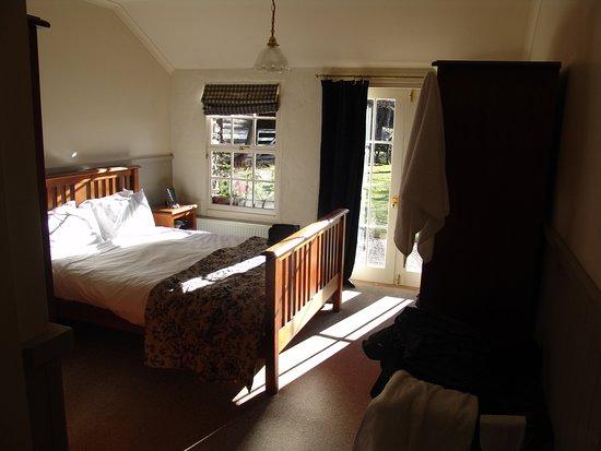 卡德罗纳酒店照片