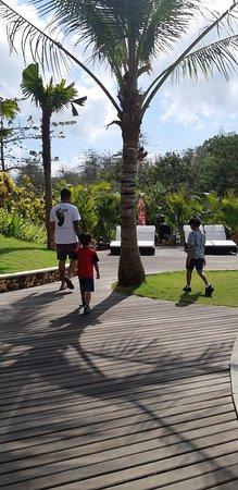 Royal Tulip Springhill Resort Jimbaran ภาพถ่าย