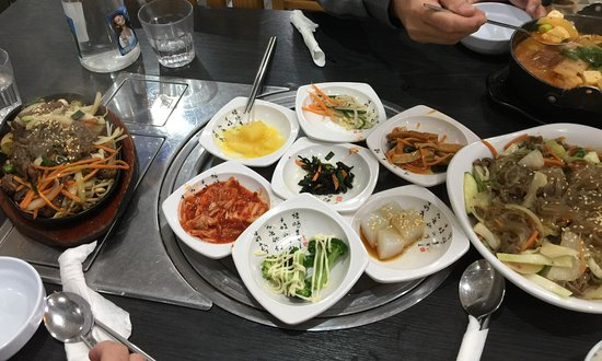 Strathfield, Australia: Korean small side dishes are free, the kimchee jigae hot soup is good, japjae and beef stir fry
