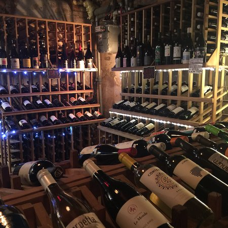Bacchanal Fine Wine & Spirits照片