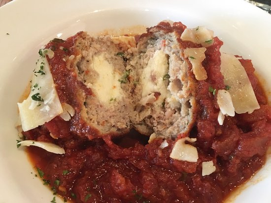 Davidsonville, MD: Inside the B.A.M. Meatball for Two