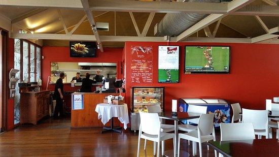 The Surf Club Bribie Island: Inside restaurant