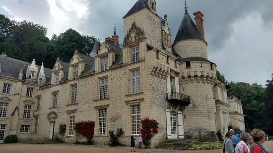 Rigny-Usse, France: castle