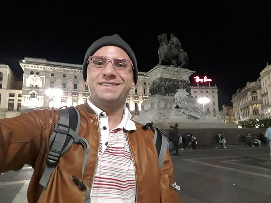 Monumento a Vittorio Emanuele II: Me in front of the statue.