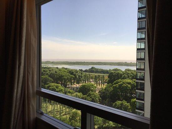 Alvear Icon Hotel: Vista desde Kayla, en el piso 31