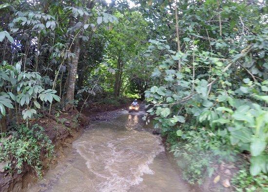 Temae, Fransk Polynesia: Passage de guet