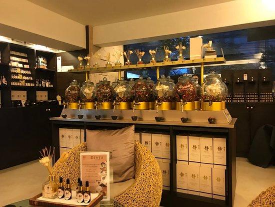 Diora Bangkok Langsuan