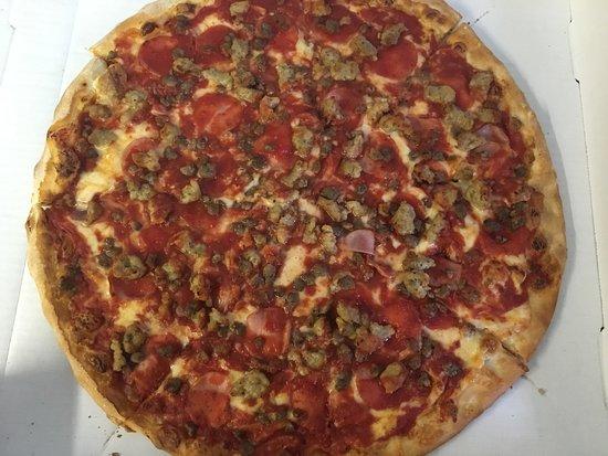 "Gambrills, MD: 16"" Ham, sausage, beef pizza"
