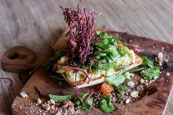 Genius Cafe Gianyar: Holy Guacamole