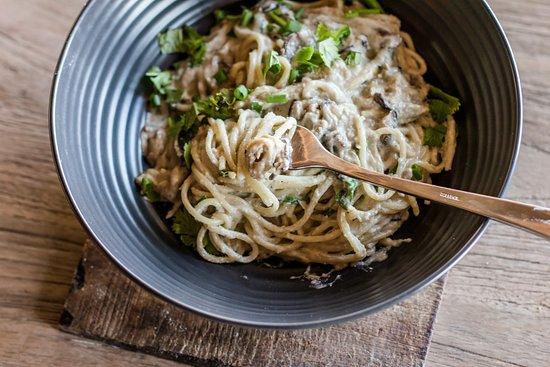 Genius Cafe Gianyar: Creamy Mushroom Pasta