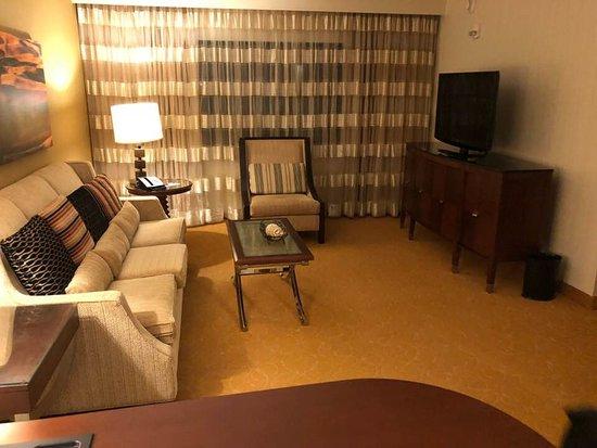 Minneapolis Marriott Northwest: Executive Suite
