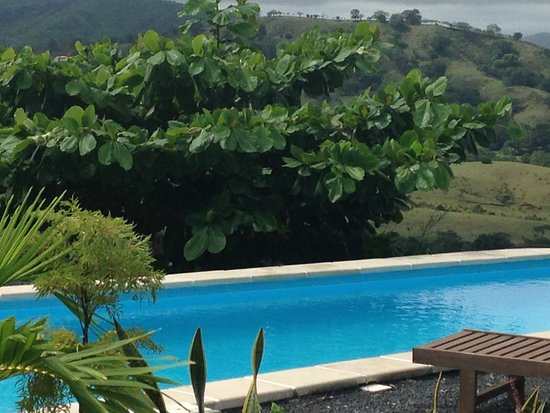 Hotel El Sol: The pool is great for swimming lenghts or just cooling off