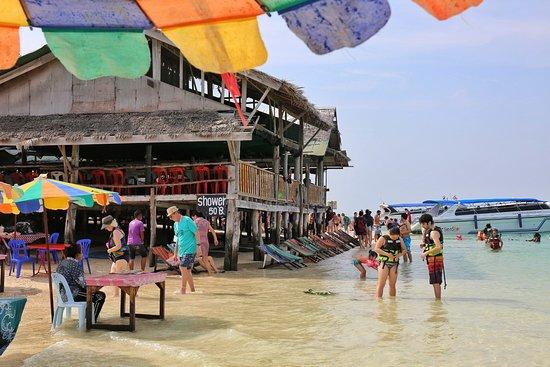 Phang Nga Province, Thailand: 島上風光
