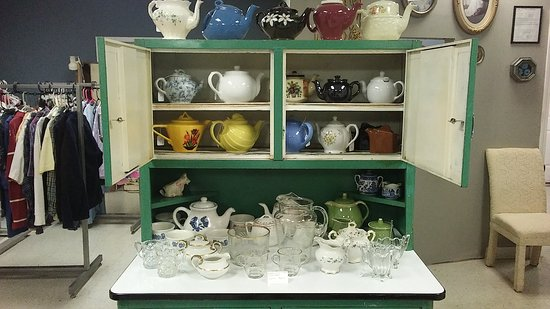 The Purple Chair Antiques and Curios: Teapots and Cream/Sugar Sets
