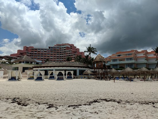 Omni Cancun Resort & Villas: View from the ocean looking at the hotel.