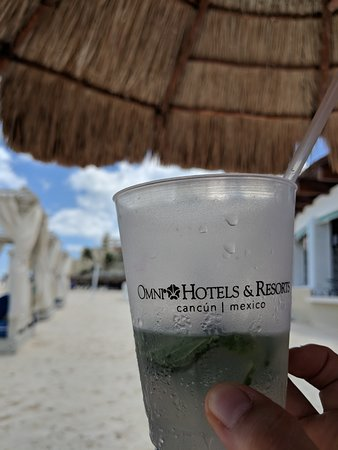 Omni Cancun Resort & Villas: Mojitos were great!