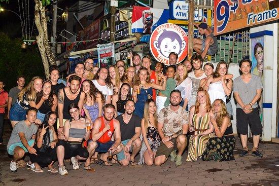 Mad Monkey Hostels: Pub Crawl