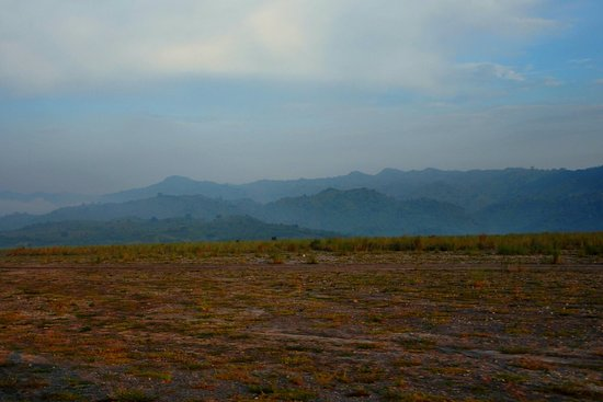 Mount Pinatubo: The path to the starting point of the trek