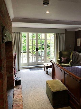 Langshott Manor Hotel: Sissinghurst room