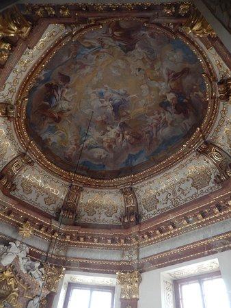 Museum dan Istana Belvedere: A dome fresco inside Upper Belvedere Palace