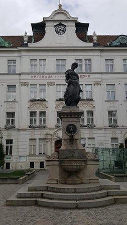 Schlesingerplatz