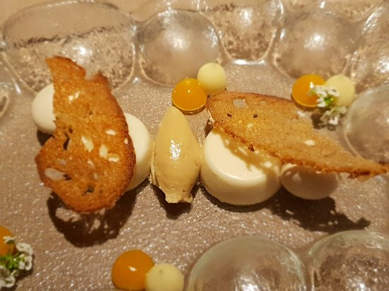 Restaurante Etimo by Begona Fraire Photo