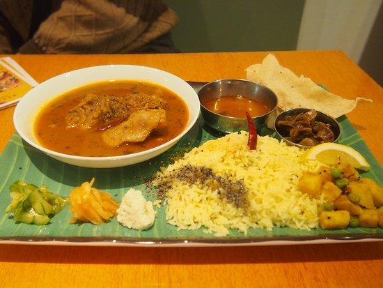 South Indian Cuisine Dahl照片