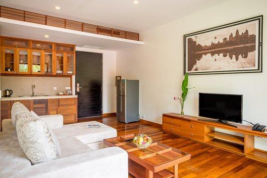 Koulen Hotel: Living Room