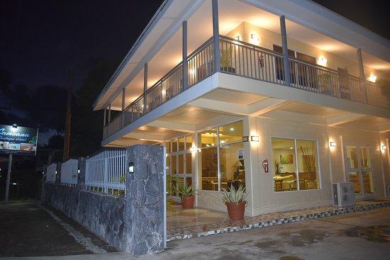 Samoana Boutique Hotel: Hotel Entrance