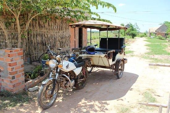 Angkor Taxi Hen: Hen's tuk-tuk, very comfortable even when raining