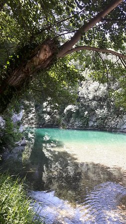 Controne, Italia: Parco sul fiume Calore