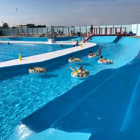 The strand outdoor swimming pool june 2018 picture of - The strand swimming pool gillingham ...
