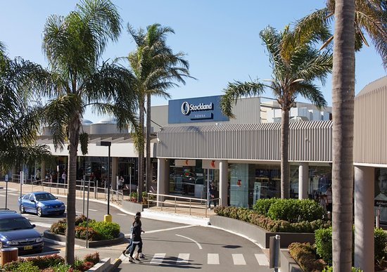 Stockland Nowra is conveniently located on The Princes Highway anchored with Woolworths and Kmart.