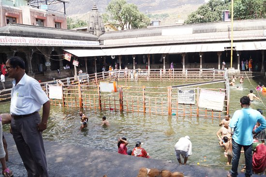 Kushawrat Kund: This can get a lot crowdy during festivals