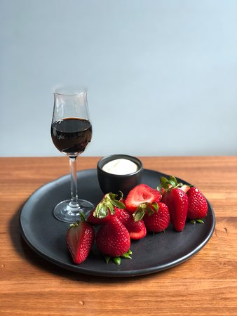 2120: strawberries in the Spring...what could be better?