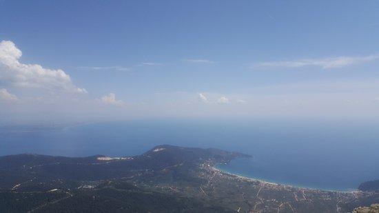 Mount Ipsárion: On top