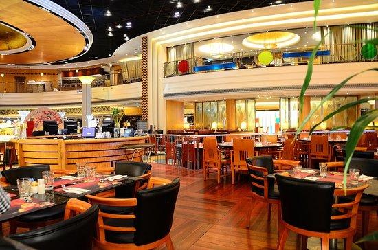 Cafe Deco: 峰景餐廳(現已改名威丰味)