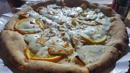 """Antica Pizzeria Friggitoria """"La Rotonda"""" Photo"""