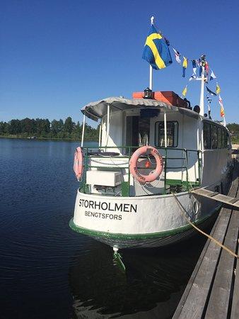 Bengtsfors, Швеция: m/s Storholmen trafikerar Dalslands kanal.
