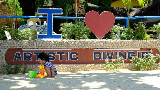 Artistic Diving & Beach Resort : Playground