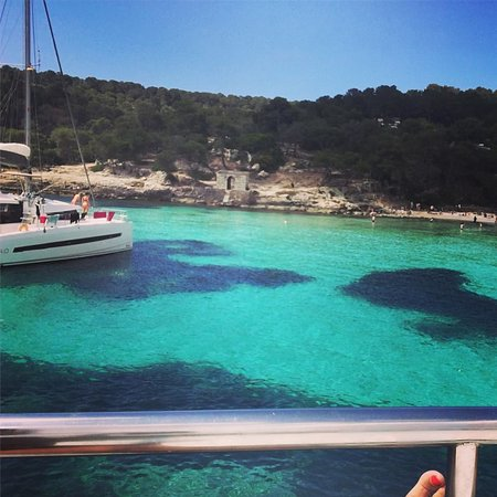 Mallorca Palma Bay Boat Trip with Lunch: Beach Stop before lunch on the boat...Portal Vells- Palma 2018