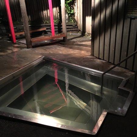 Morere Hot Springs