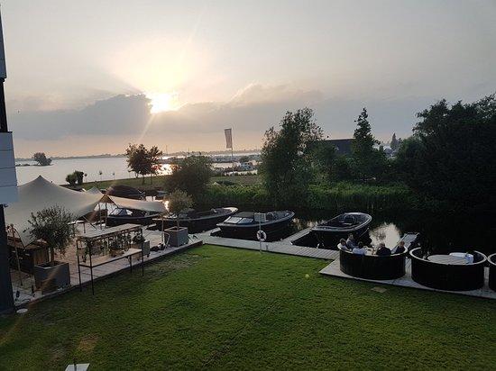 Vinkeveen, Ολλανδία: 20180603_204931_large.jpg
