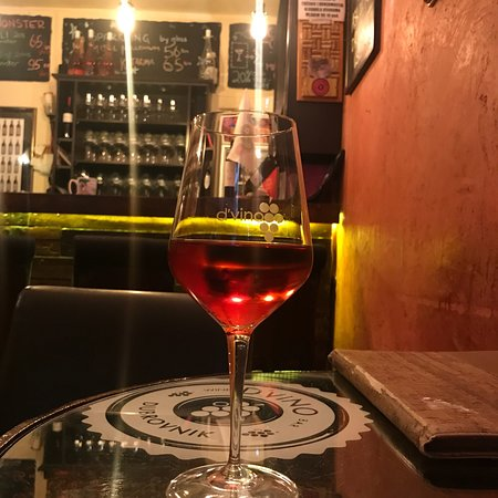 D'vino Wine Bar: photo6.jpg