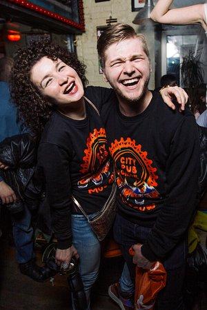 City Pub Crawl Saint-Petersburg: Фотограф и ведущий