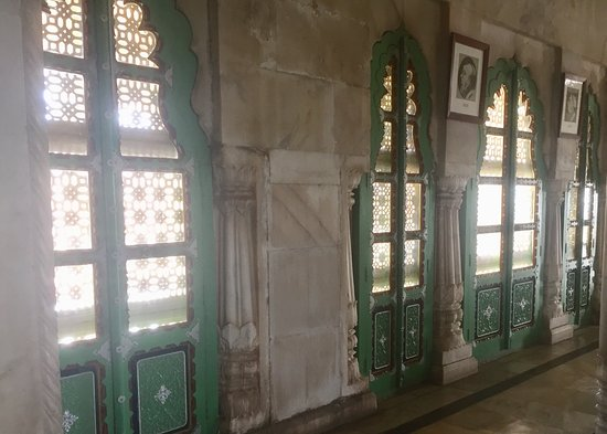 Jaswant Thada : Carved doors