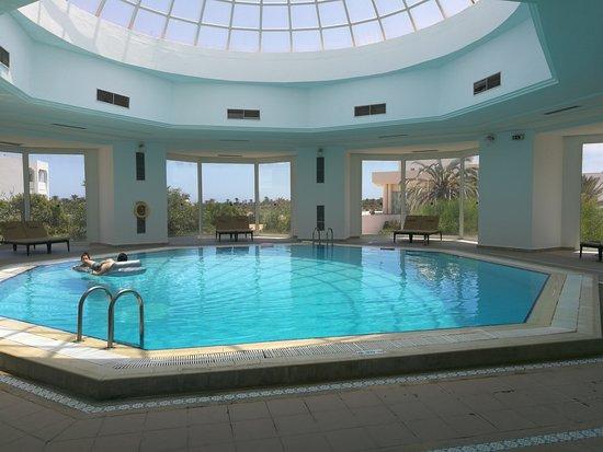 Djerba Plaza Hotel & Spa: Piscine intérieure