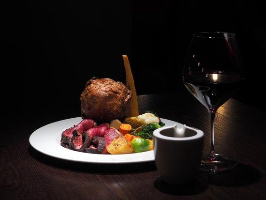 The Jones Family Project: Sirloin Steak Burger Sides - photo by Simon Burrell