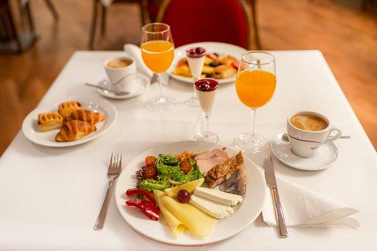Amberton Hotel Klaipėda: Breakfast